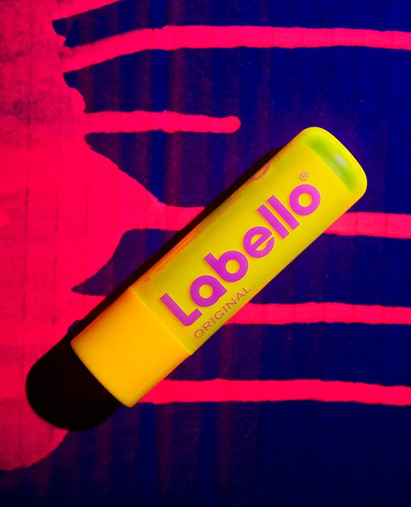 labello_neon